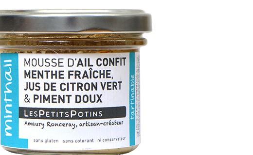 Mousse d'aglio confit, menta e peperoncino - Les Petits Potins